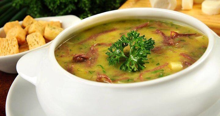 Caldo de Mandioquinha e Carne Seca