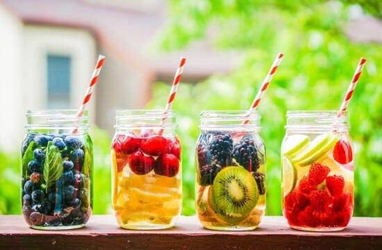Água detox para emagrecer: 5 receitas imperdíveis