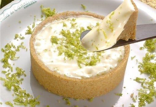 A torta de limão é um doce fácil de fazer e barato. (Foto: Divulgação)