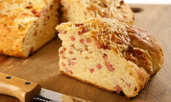 Aprenda a fazer um delicioso pão recheado. (Foto: Divulgação)