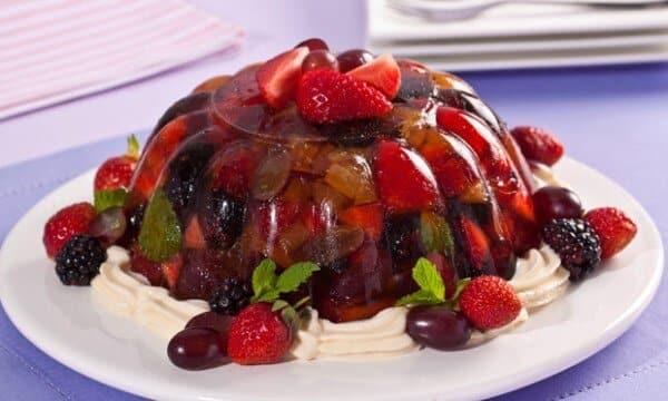 A sobremesa fica colorida e saborosa. (Foto: Divulgação)