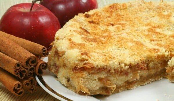 cuca de maçã