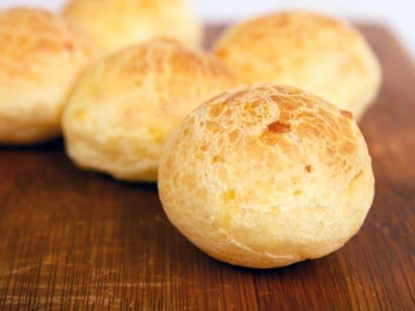 O pão de queijo é uma receita de origem mineira. (Foto: Divulgação)