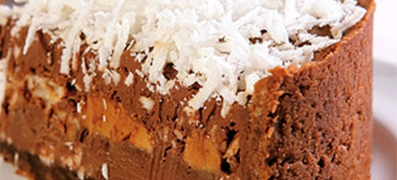 Torta cremosa de doce de leite e chocolate