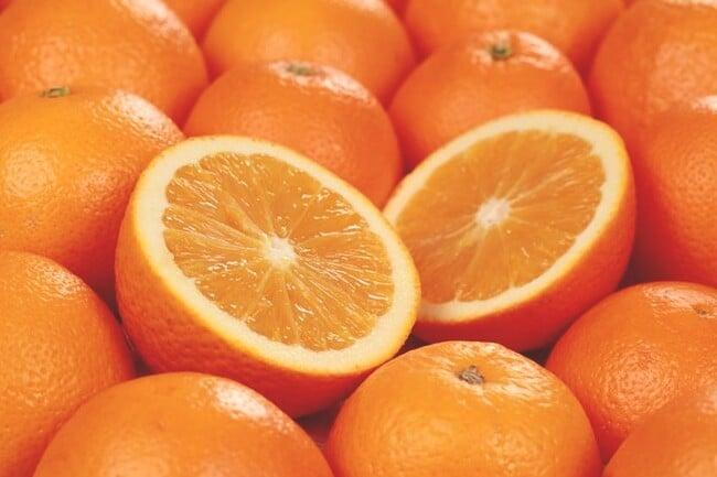 Use laranjas para fazer a sua mousse.