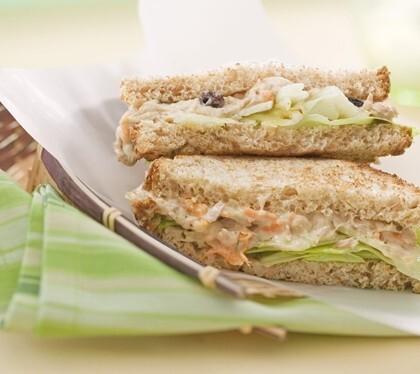 Sanduiche natural de patê de atum 1