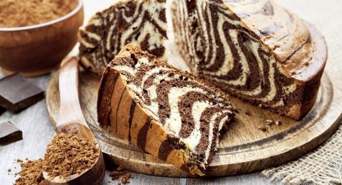 Receita de bolo zebra: Fofo e delicioso