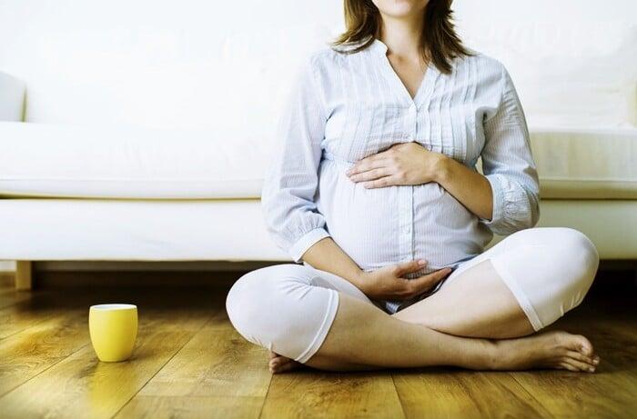 Quais os chás que as mulheres grávidas não podem tomar