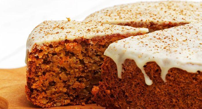 Bolo de canela com calda – Delicioso e fácil de preparar