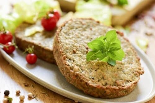 Hambúrguer vegetariano: Receita que não vai carne