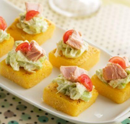 Receita de canapé de polenta com atum