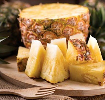 Abacaxi com banana em calda: Receita prática e muito gostosa!