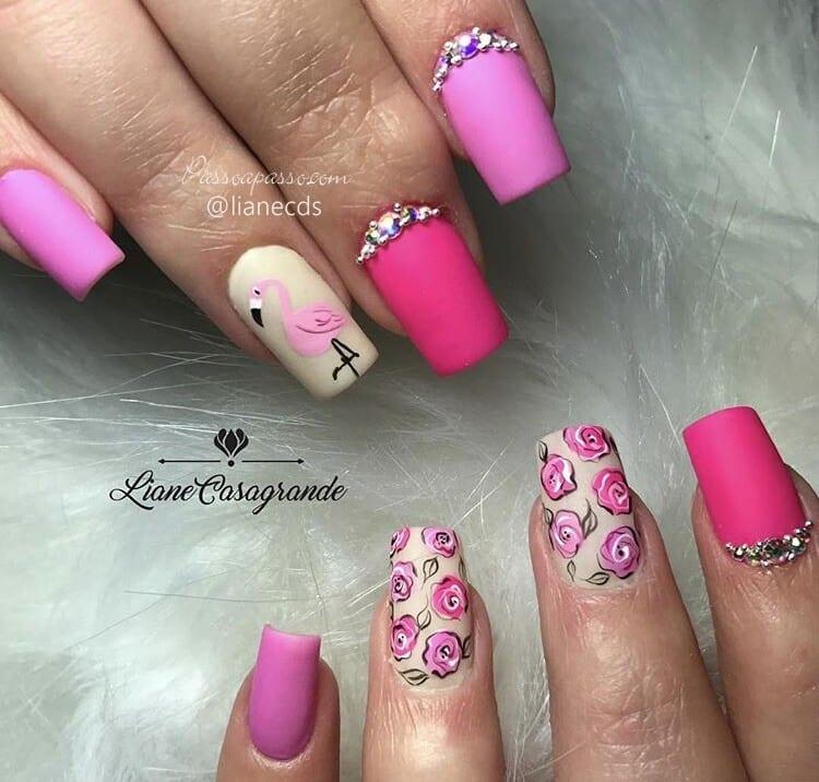 Unhas de flamingo