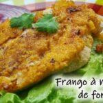 Frango à milanesa de forno: uma delícia sem culpas