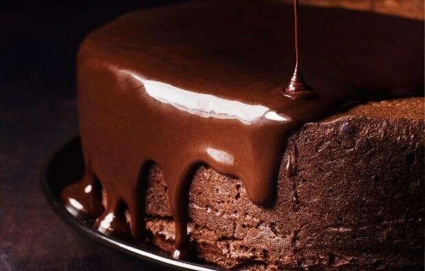 calda de chocolate para bolos