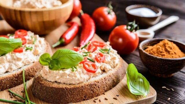 Receita de patê de queijo com cebola
